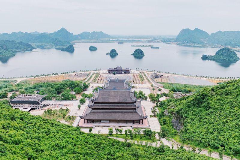 Tam Truc Pagoda