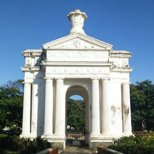 The Aayi Mandapam at the centre of Bharathi Park.