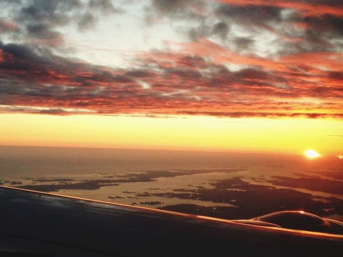Somewhere over the sea, way up high on a trip across the north Europe :) North Europe Flying Plane Norwegian Bergen Norway Traveling Sky Sunset On Board ✈️🇳🇴