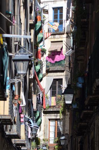 Streetphotography Streetphotography Sheets Building Exterior Architecture Built Structure Clothing Balcony Clothesline Hanging Residential Building City Outdoors Drying Day