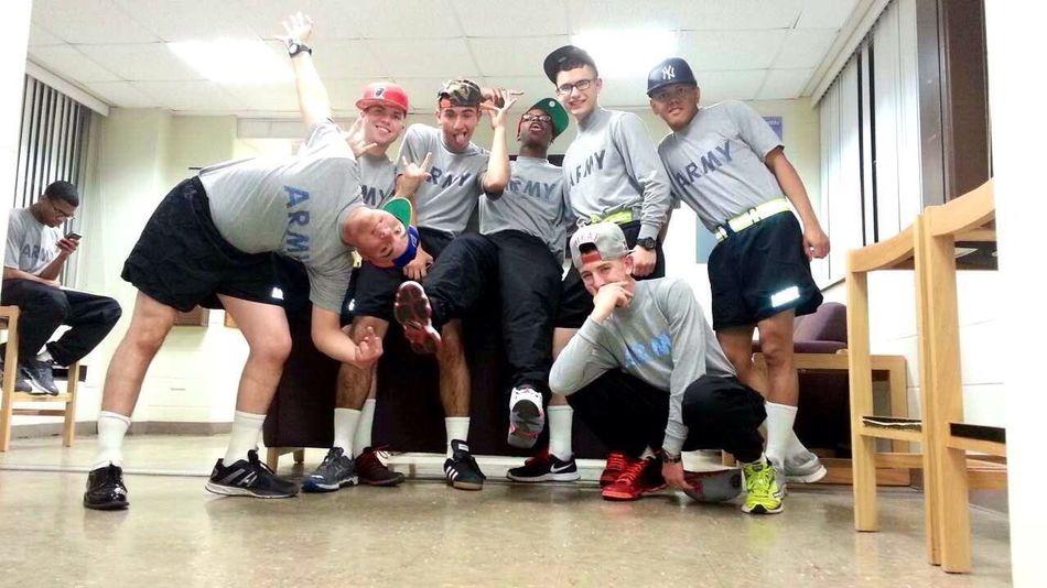 My crew!! 905 Mylife Chillin Enjoying Life
