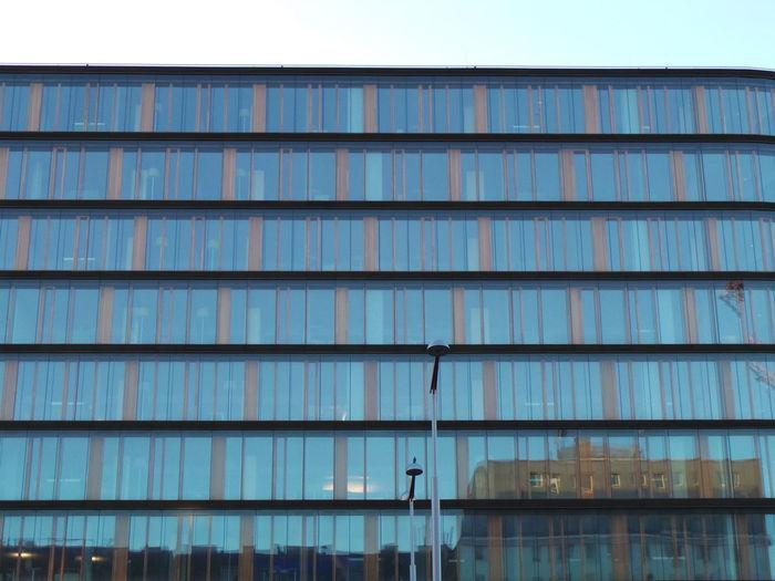 Architecture Architektur Blauer Himmel Blue Sky Glas Glass Reflection Stahl Steel Structure Urban Geometry Vienna Wien Wien Hauptbahnhof