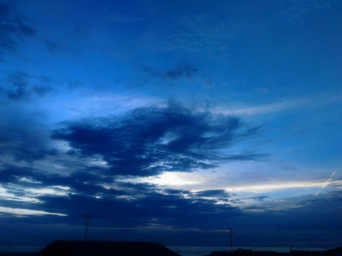 Cloudscapes Cloudsporn Zenfone Photography Zenfone2laser HDR Clouds And Sky Sky And Sea