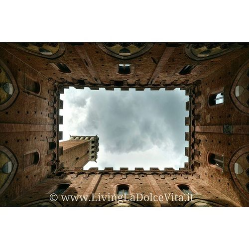 View straight up from the Palazzo Pubblico in Siena , Torre del Mangia (photo from July) LivingLaDolceVita