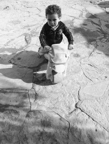 Child Outdoors Childhood Leisure Activity Having Fun Acmilan Emotion Marrocco Blackandwhite Whiteandblack Black & White Black And White Blackandwhite Photography Black And White Photography Black&white Blackandwhitephotography Blackwhite Blackandwhitephoto Black & White Photography