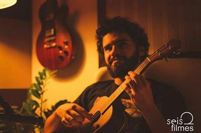 Music Musicians Ukulele Brasilian Relaxing Music Studio