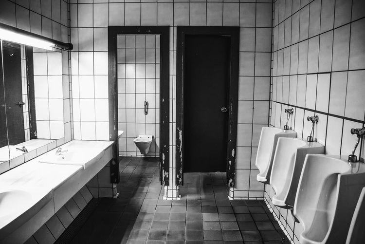 Tile Flooring Bathroom Indoors  Seat Absence No People Architecture Tiled Floor Public Restroom Empty Built Structure Hygiene Sink Chair Domestic Room Wall - Building Feature Window Toilet Household Equipment