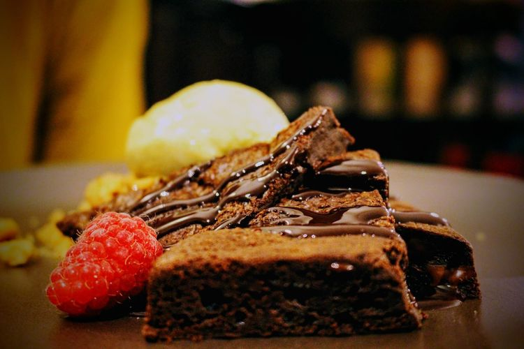 Baked Brownie Cake Close-up Day Dessert Dessert Topping Focus On Foreground Food Food And Drink Freshness Indoors  Indulgence No People Plate Ready-to-eat Selective Focus Serving Size SLICE Still Life Sweet Food Table Temptation Unhealthy Eating