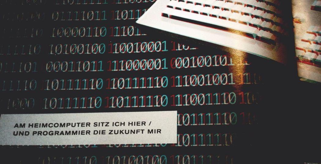 Reading Die Zeit Kraftwerk 3D Magazine Urban Poetry Beauty In Ordinary Things