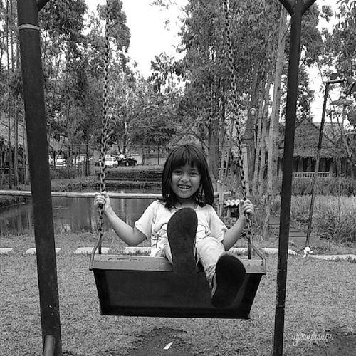 Smile Playground Instasunda Wisata blackandwhite hitamputih Xperia instadroid