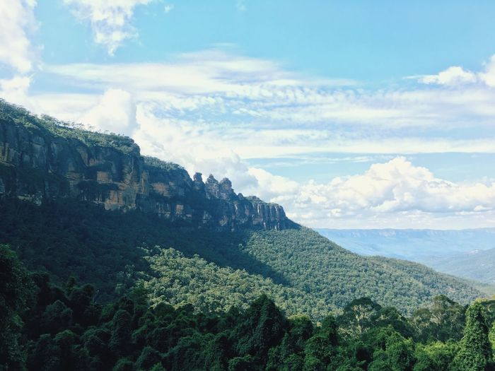 Back to wild 3 Sisters Blue Mountains. Blue Mountains Sky Beauty In Nature Scenics - Nature Tranquility Cloud - Sky Tranquil Scene Landscape Nature Growth Green Color Non-urban Scene Tree