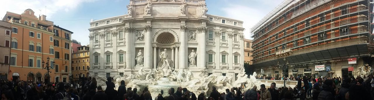 Italy Tourism Fontana Di Trevi