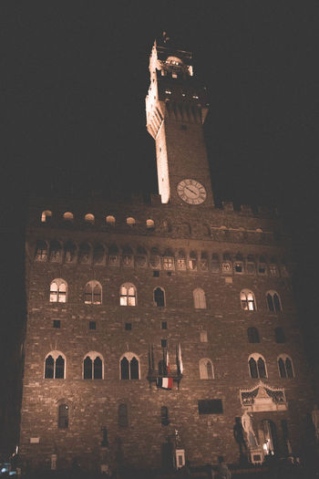 Vecchio PalazzoVecchio Vecchiocastle Florence Florence Italy Building Exterior Night EyeEmNewHere Tourism Travel Lowlight Faded Built Structure Travel Destinations City No People Lowlightphotography Watchtower Castle Tower Window Architecture