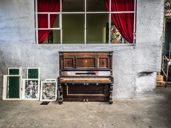 Play it again, Sam Piano Klavier Architecture No People Abandoned Lost Lostplaces Lost Places Curtain Red Ensemble Berlin RAW-Gelände