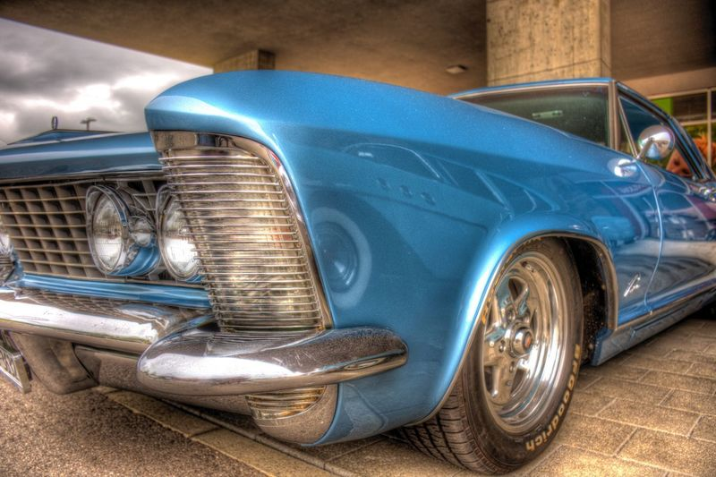 DDESIGN HDR PICTURE EyeEm Best Shots HDR First Eyeem Photo Car Motor Vehicle Mode Of Transportation Transportation Land Vehicle Retro Styled Vintage Car Day Metal Headlight City Shiny Blue No People Architecture Outdoors History The Past Bumper Chrome EyeEmNewHere EyeEmNewHere The Photojournalist - 2018 EyeEm Awards The Still Life Photographer - 2018 EyeEm Awards