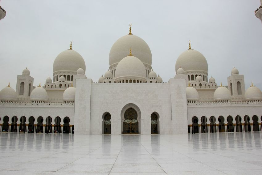 Abu Dhabi Arch Architecture Building Exterior Built Structure Day Dome History Islamic Architecture Marble Mesquite Mosque No People Outdoors Place Of Worship Religion Sheikh Zayed Grand Mosque Sky Tourism Travel Destinations UAE United Arab Emirates