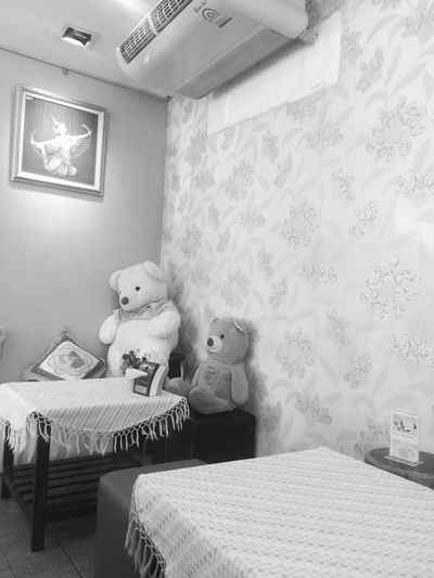 Bedroom Indoors  Home Interior Bed Teddy Bear Stuffed Toy Wallpaper No People Home Showcase Interior Day Home Is Where The Art Is Home Sweet Home Home Interior Home Alone Alone Time Plant Plants 🌱 Feeling Feelings Feeling Sick Feeling At Home Feeling Creative Photography Photooftheday Photographic Memory Photographer Photographylovers Kids Toyphotography Kidsphotography Kids At Play Kid