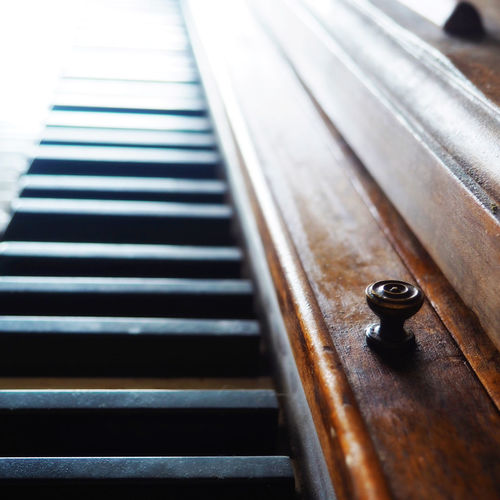 Piano Keys #EyeEmNewHere Flats Keys Piano Wood Arts Culture And Entertainment Backgrounds Detail Focus On Foreground Indoors  Ivories  Keyboard Keyboard Instrument Music Musical Equipment Musical Instrument Musical Instrument String Piano Piano Key Sharps Soft Focus Standup String Instrument