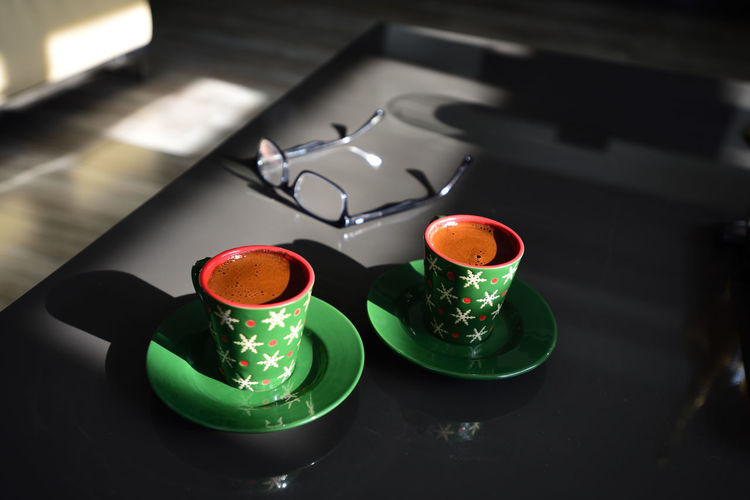 Cup Drink Indoors  Still Life Table Mug Green Color No People Food And Drink High Angle View Close-up Refreshment Focus On Foreground Crockery Coffee Cup Container Coffee Saucer Household Equipment Group Of Objects Tray Tea Cup Kahve Türkkahvesi