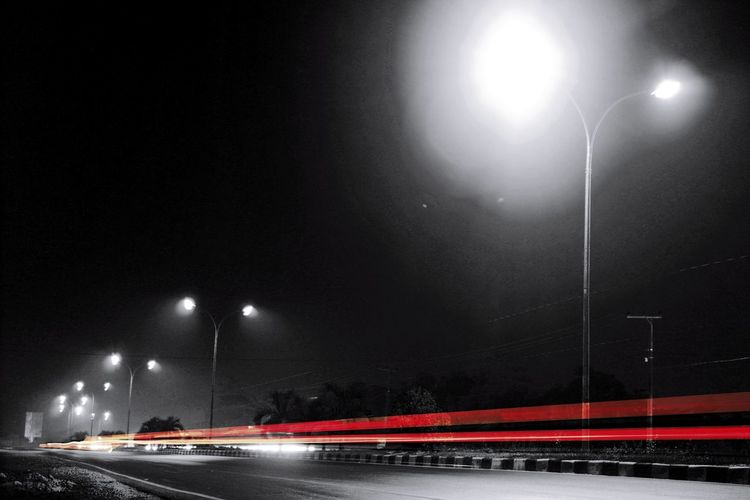 Light trace by pass Lamp Light And Shadow INDONESIA Photo Photography Spotlight Outdoors Dark Black Futuristic Adult EyeEm Best Shots EyeEm Night Light Long Exposure Slowshutter ByPass Streetphotography Street