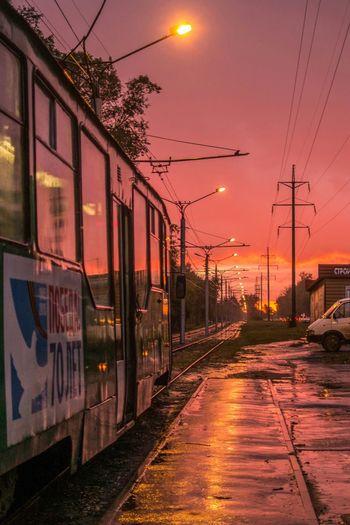 Вечерний трамвай. Street Sunset Light And Shadow Night Lights Clouds And Sky Novosibirsk Red