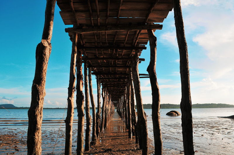 Tropical Paradise Travel Destinations Treveling Tropical Climate Illustration Bridge Bridge - Man Made Structure Water Sea Beach Old-fashioned Sky Horizon Over Water Built Structure Architecture Underneath Seascape Island