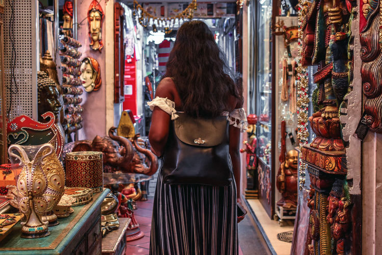 Explore more, explore deeply and explore respectfully! Travel Culture Little India Singapore Solotraveler Girl Exploring Indian Culture  Streetphotography Walking Market Marketplace Wanderlust Exotic Pink Color Female Sightseeing Local Landmark Backpack Independent  Local Street Girl Power EyeEmNewHere