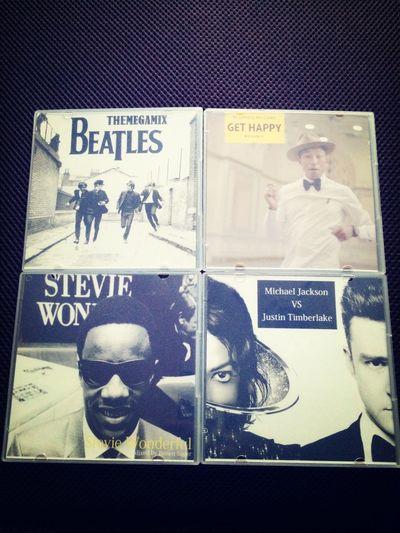 今日の午前中に届いてからずっと流しっぱなし。最高。。。 Mjjt Beatles Stevie Wonder Pharrell Williams First Eyeem Photo