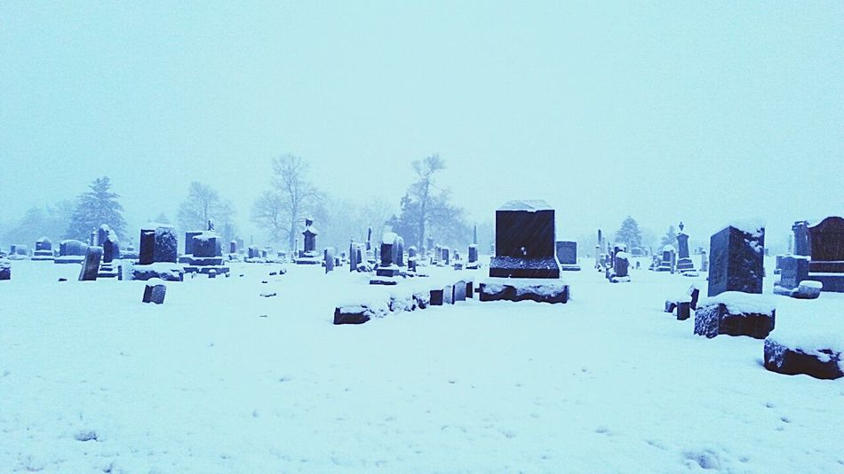 Snowy cemetery ? Beautiful Blizzard 2015