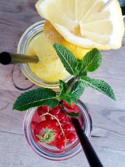 Summer smoothie Lemon Strawbeerylove Beeries Smoothie Time  Good Feeling Happy Drinks Nice Evening Klara Hanau Happy Summer Live Authentic Lifeisbeautiful Yummy Mint Leaf - Culinary Drink Herb Fruit Drinking Straw High Angle View Close-up Food And Drink Ice Cube Smoothie Tropical Drink