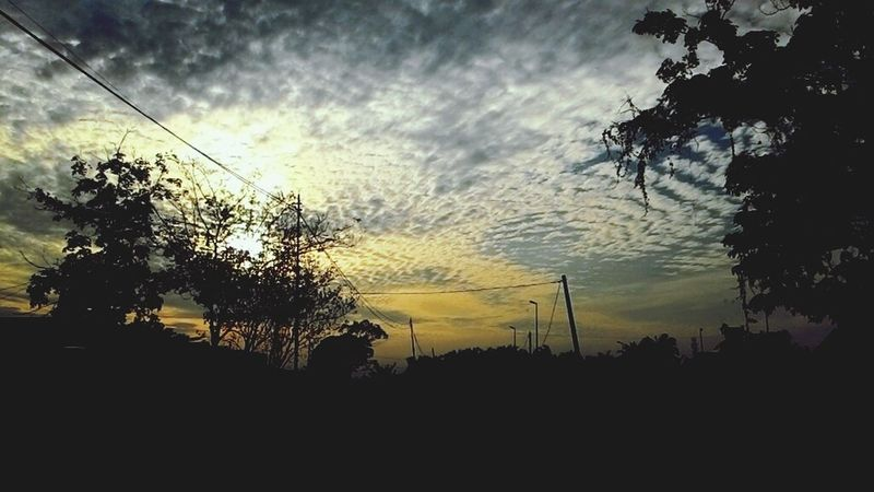 Happy saturday guys :) Sunrise Sun And Clouds Sky Lover Sun ☀