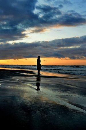 Caspian Sea Clouds And Sky Sand Reflection New Years Resolutions 2016 Sunset Silhouettes Iranian GirlSeaside Sea And Sky Sea View Sun Light