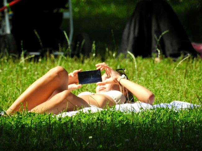 Selfie ✌ Naked Girl Tavrichesky Garden Smartphone Green Green Green!  Greenyatmosphere Park Relaxing Enjoying Life Green World 43 Golden Moments Sunny Day 🌞 Sankt-peterburg Sunny☀ Showcase July Russia Hidden Gems