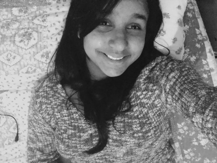 Hey : ) Taking Photos Hi! That's Me Enjoying Life Check This Out Cheese! Hanging Out Relaxing People Black And White