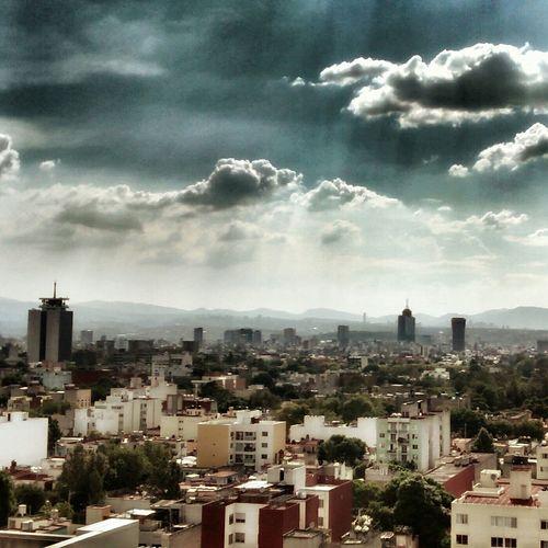 Hasta dinde alcance la vista City Mexico City Sky Cityscapes Cloudporn Skyporn PhonePhotography Clouds