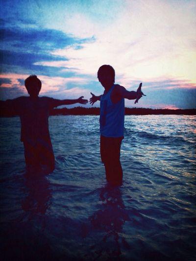 Enjoying The Sun Sunset Friends Beach