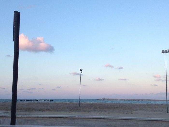 #Pescara #nuvole #mare #spiaggia ?