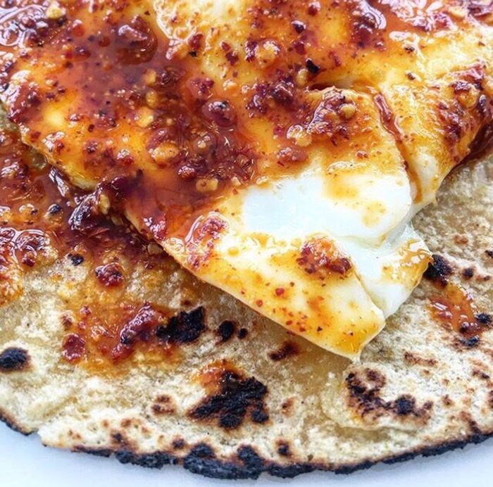 This Is Our World Food Styling Tacos Al Pastor Delicious This Morning. Deliciaaaaaa! Tortilla pasada por aceite,huevos estrellados y salsa de Chile de árbol,cacahuate y nuez de la india hechos con cariño del bueno! 🍳🌶