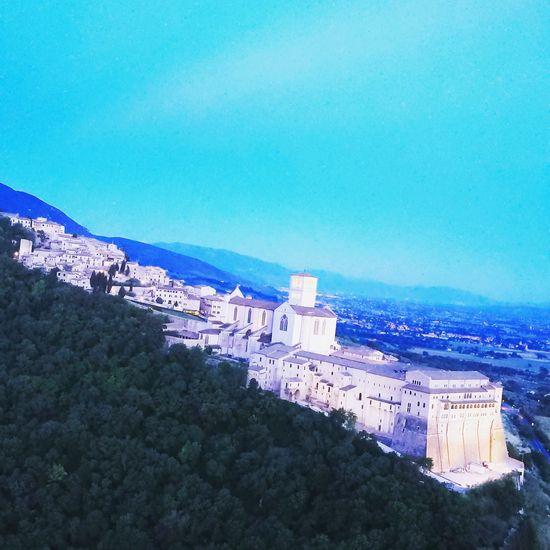 Assisi Basilica San Francesco -Umbria (Italy) DJI Mavic Pro Drone  Dji Dronephotography Arial Shots Assisi, Italy Umbria, Italy Chiesa Architecture Arialphotography Pace✌ Love♥ Religion Architecture Religious  Sky Sea Nature Day