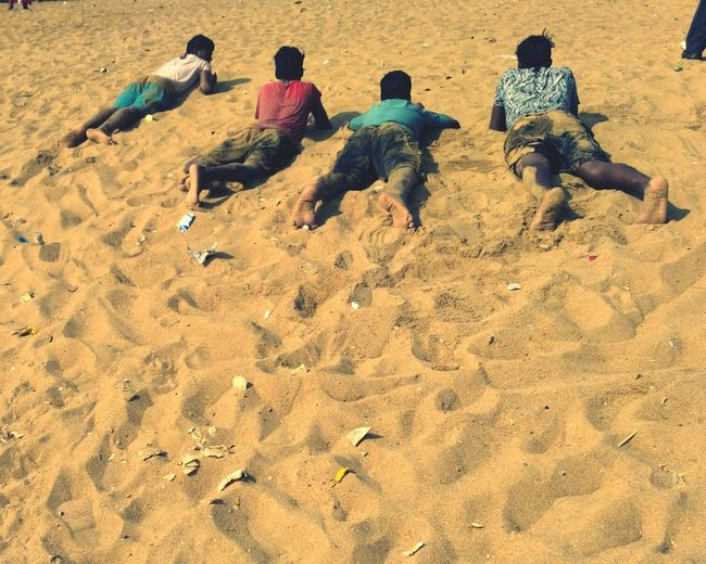 Beach Sand Real People Sunlight Vacations Lifestyles Day Outdoors Togetherness People Sunny Day❤ Sunny Afternoon Sunny Day☀ Sun Large Group Of People Sea Close-up Nature Traveling Home For The Holidays Finding New Frontiers EyeEmNewHere Second Acts