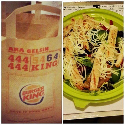 Burgerking Yaşasın Yemek Yemek