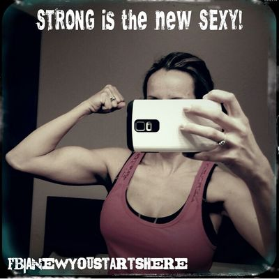 Working on more definition ! Muscle Fitlife FITMAMA Strongisthenewsexy