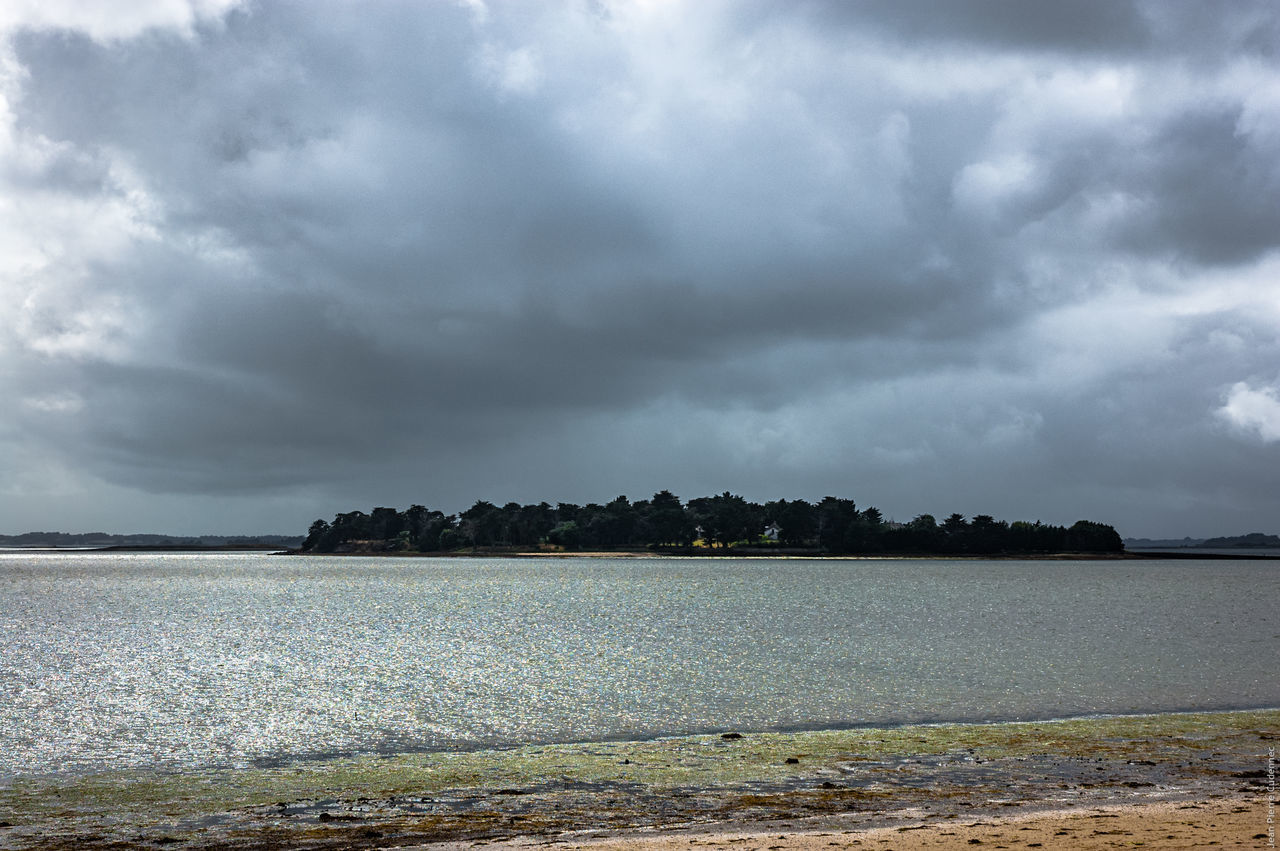 sky, cloud - sky, nature, no people, water, weather, beauty in nature, tranquility, outdoors, day, scenics, tranquil scene, storm cloud, sea, tree