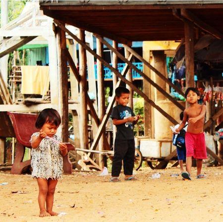 Cambodia Hellooo Eyem !  Chiıldhood Savethechildren