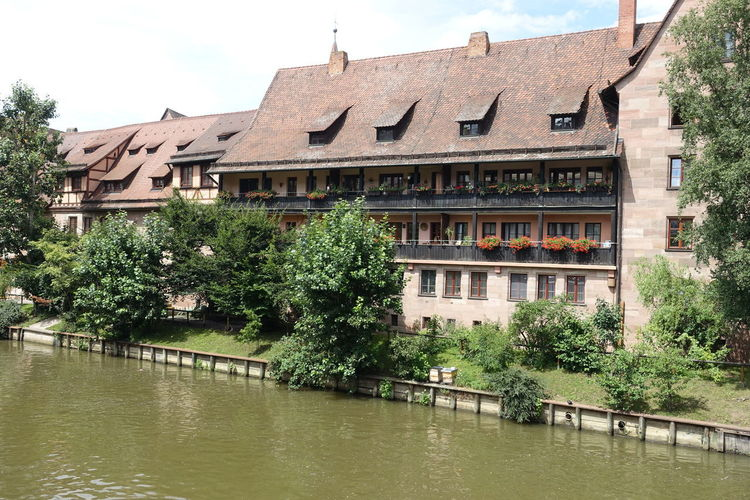 Architecture Beautiful Houses Flowers 🌸🌸🌸 Nice View Pegnitz Beautiful Place ♥ River
