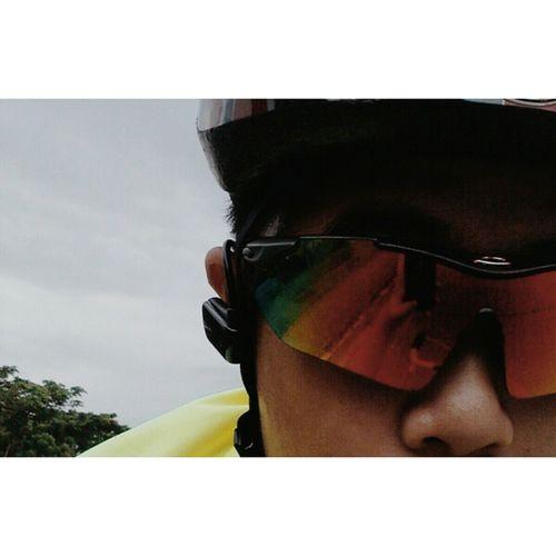 Can you take a selfie while riding a bike? Hahahaha!! I'm back on track. 35Km easy ride for today. NationalHeroesDay Holidayride Training TRIATHLON pinoyfitness cycling swimbikerun duathlon
