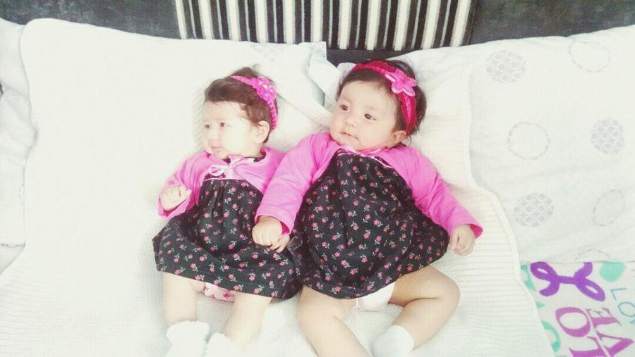 Y estas ermosas *o* OMG!!! Like?♥ Beautiful Baby Girl Bien Hermosas <3 Likeback Mis Sobrinas futuras :3 Bbys :3 Buenas Noches! ❤ :')