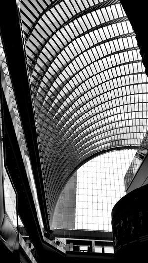 Arcitecture Taking Photos Blackandwhite Walking Around