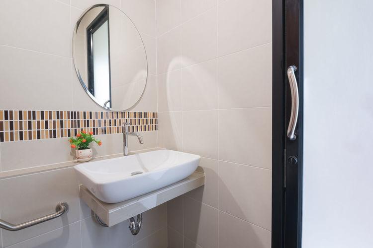 Empty bathroom luxury hotel room