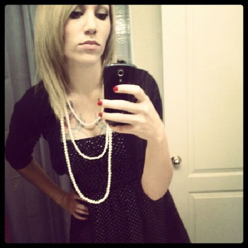 Blahh ready for my Dad's funeral service. :/ Black Sad Gothicroyalty